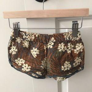 Peek linen shorts